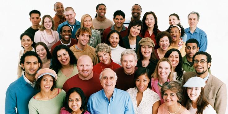 o-GROUP-HAPPY-PEOPLE-facebook.jpg