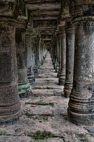 ancient-angkor-wat-antique-1531677.jpg